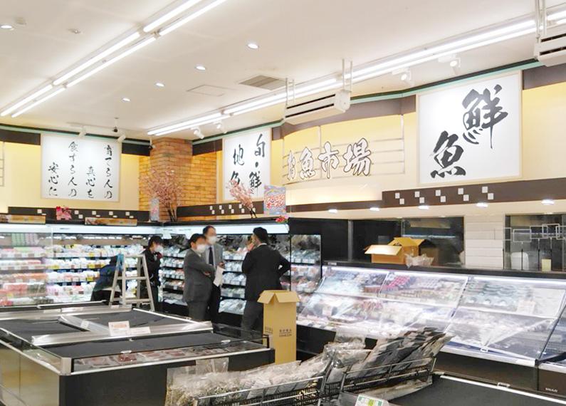 大分県杵築市食品スーパーマーケット内装改装工事 内装・店内サイン・看板2