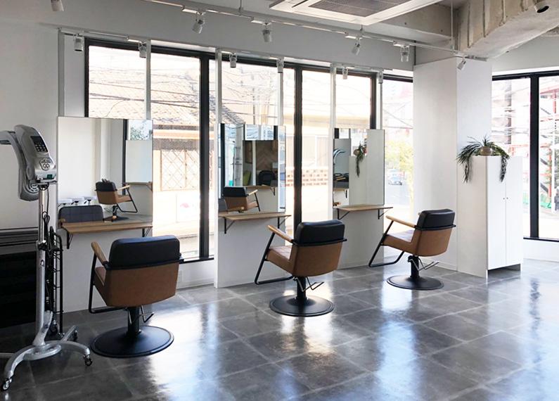 福岡市 美容室 店舗 内装改装工事 店舗内部 シャンプー台付近